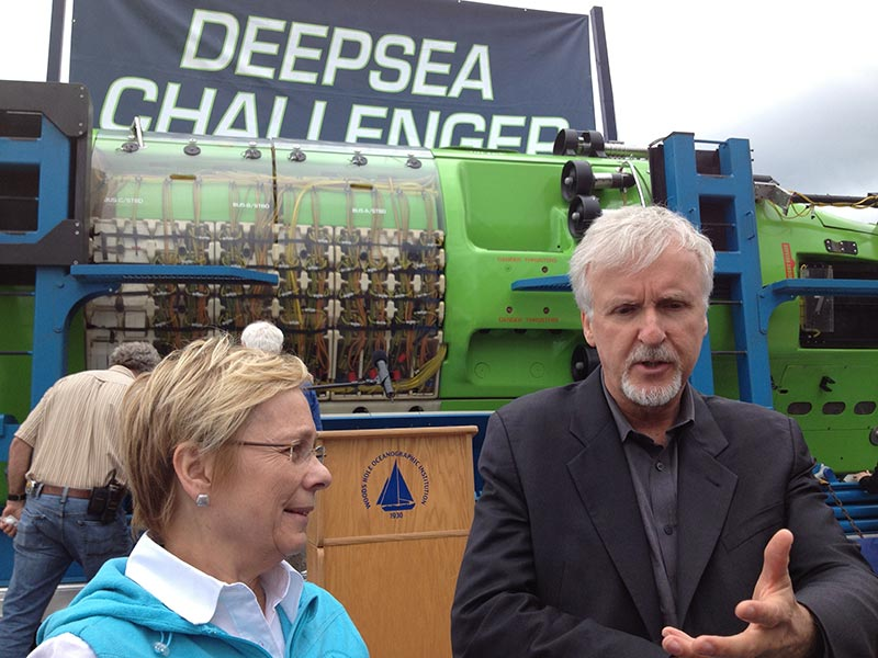Director James Cameron donates submersible to WHOI - The ...