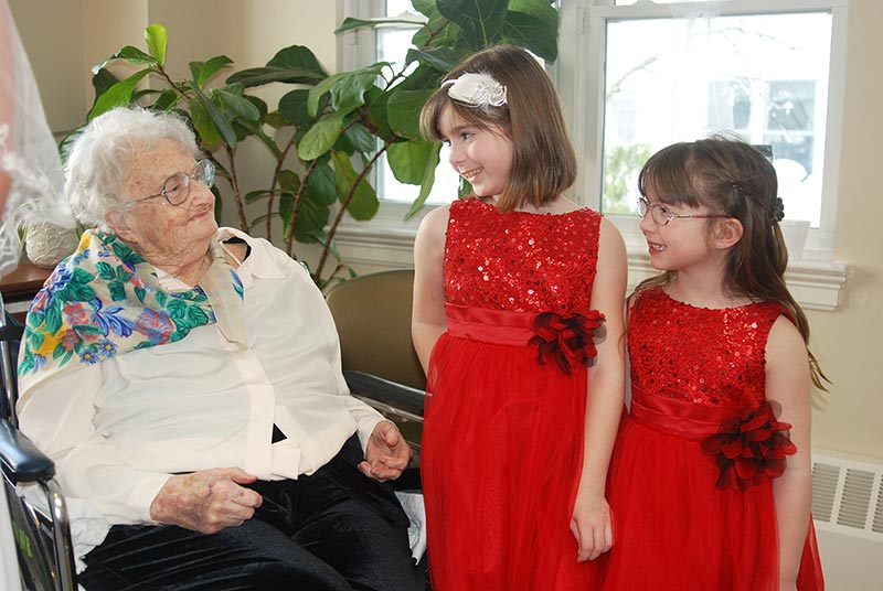 Edith Bennett with great granddaughters Madison and Grace Bennett.