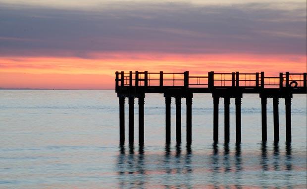Max-Skjoldebrand-pier-sunrise.jpg