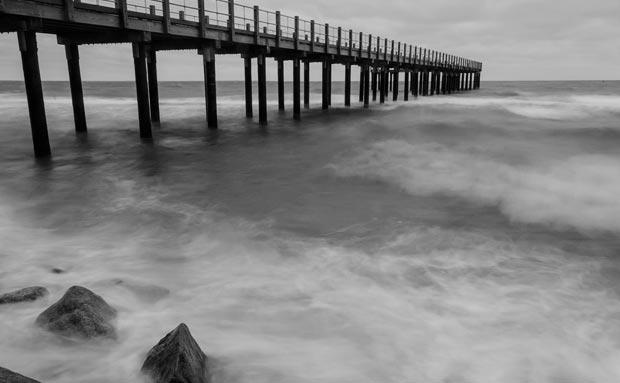 Steve-Myrick-pier-surf.jpg