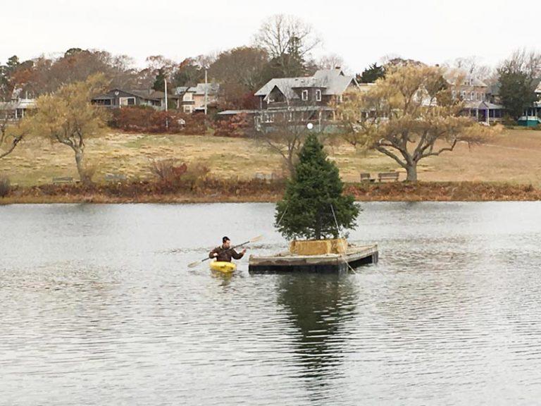 Christmas magic on Sunset Lake