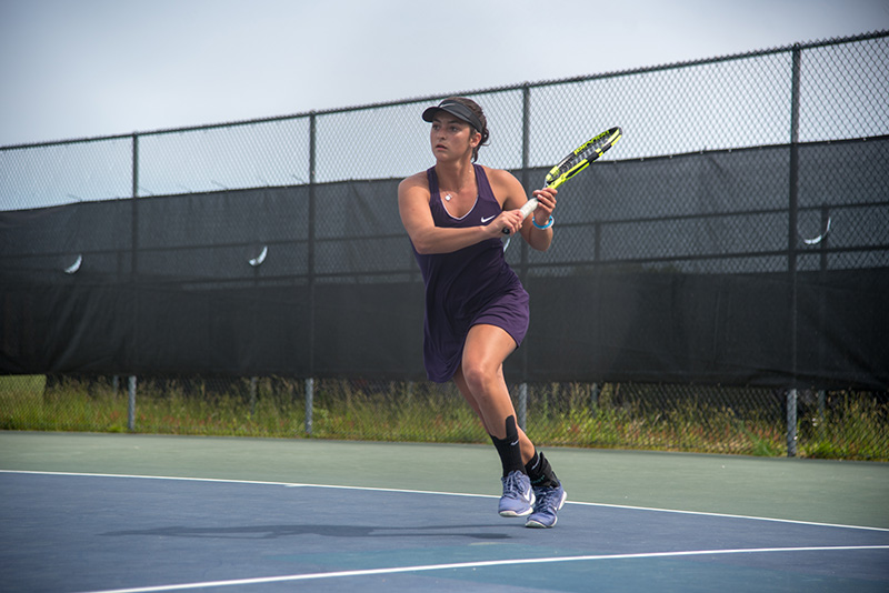 oak bluffs spanish girl personals The martha's vineyard girls tennis team clinched a spot in the division 2 south section finals after  oak bluffs vineyard haven west  over in singles,.