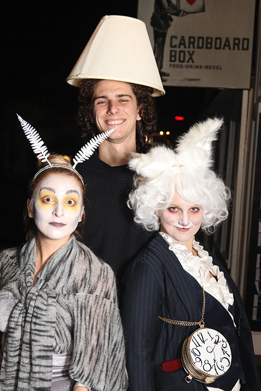 Vineyard Scene: Loft-y ghouls putting on the Ritz - The