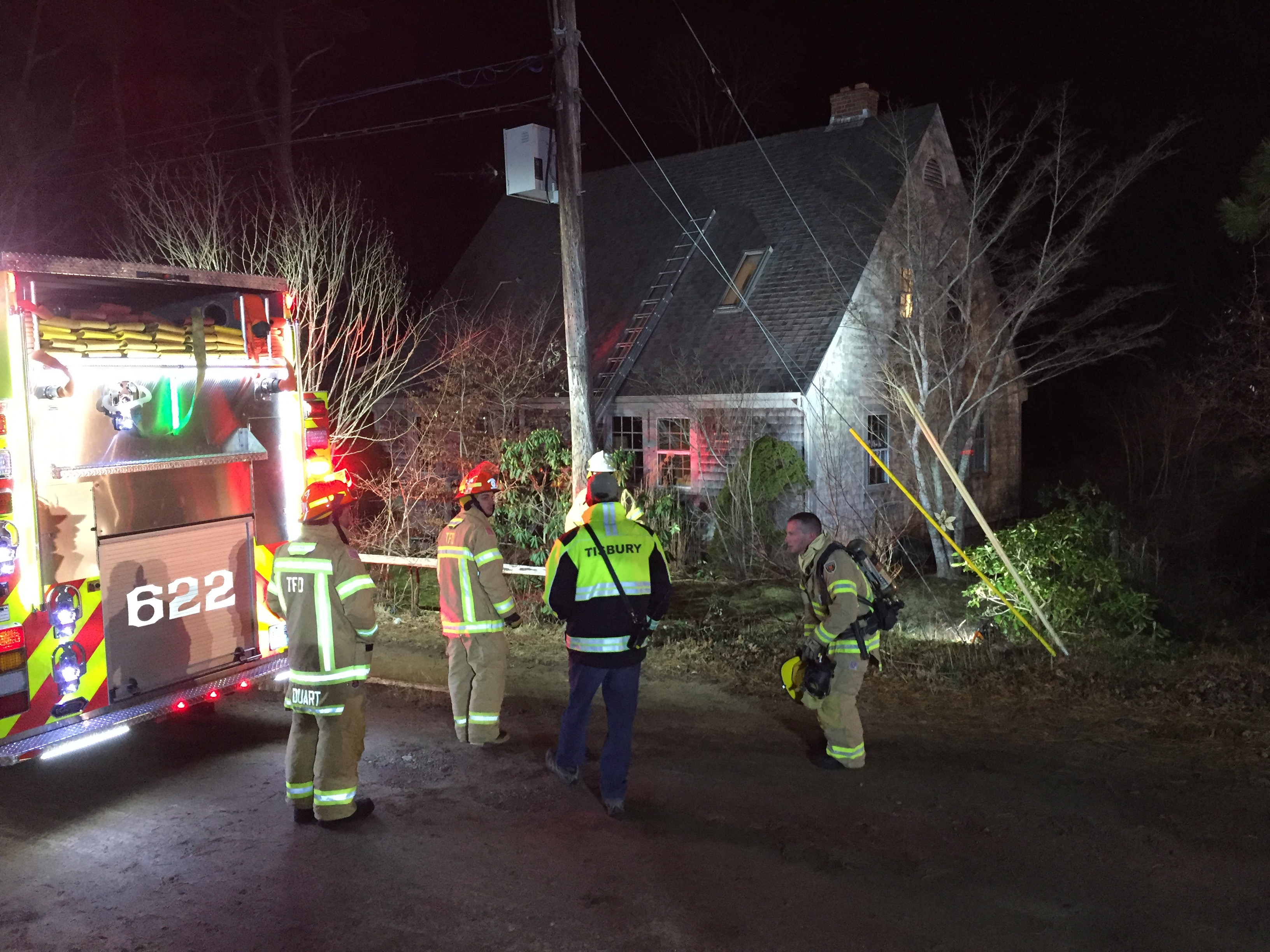 Tisbury Firefighters Extinguish Chimney Fire The Marthas Vineyard